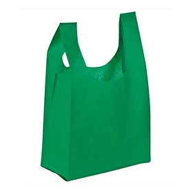 Nonwoven bag with wide sides